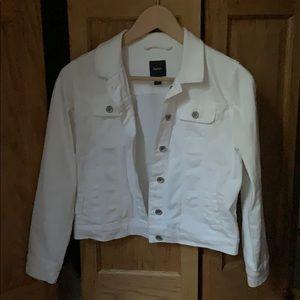 Gap kids white denim jacket